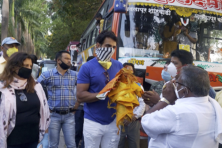 Sonu Sood's Social Work During the COVID-19 Pandemic