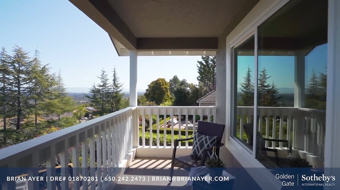 27 Interior Design Photos vs. Tour 29 Woodhill Dr, Redwood City, CA