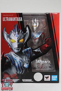 S.H. Figuarts Ultraman Taiga Box 01