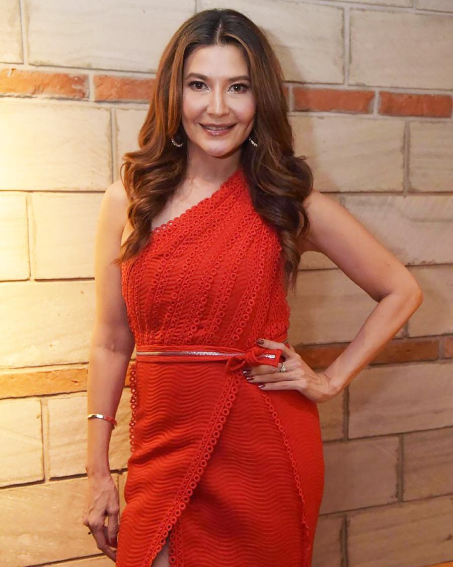 Tamara Bleszynski  cewek cantik dan seksi
