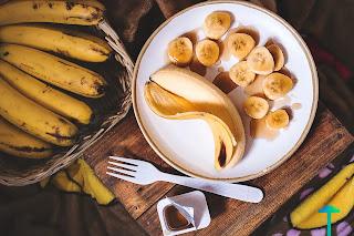 فوائد الموز واضراره على صحة الرجل والمرأة