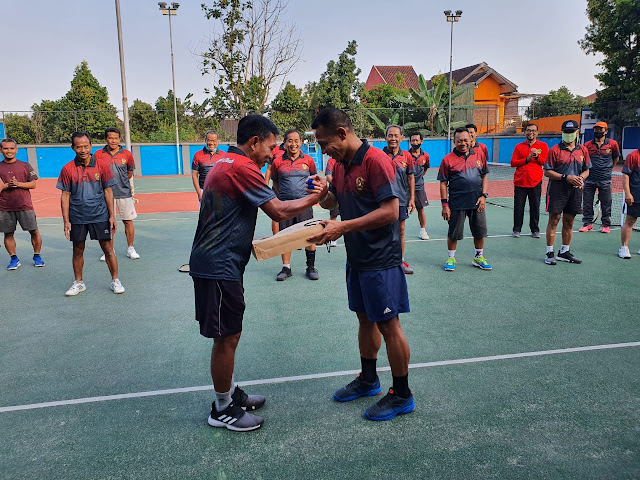 Kodim Karanganyar - Pindah Tugas, Dandim Karanganyar Pamitan Bersama Team Tenis Pendopo Club