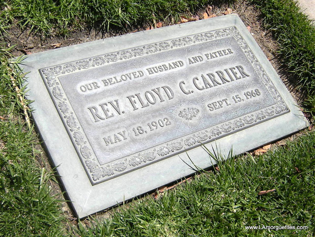 Figure Skater Dona Lee Carrier DIES IN PLANE ACCIDENT 1961 Forest Lawn Glendale Cemetery