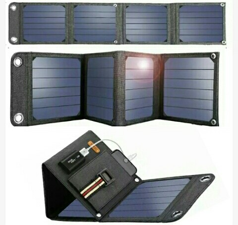 Suaoki Solar Chargers: 14Watts Power Bank - Foldable 5Volts 2.1A Solar-Powered Mobile Charger