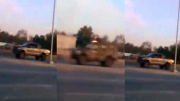"""Captan momento en que """"Las Tropa del Infierno"""" del CDN salen huyendo de la SEDENA, tras fuerte topon en Nuevo Laredo, Tamaulipas"""