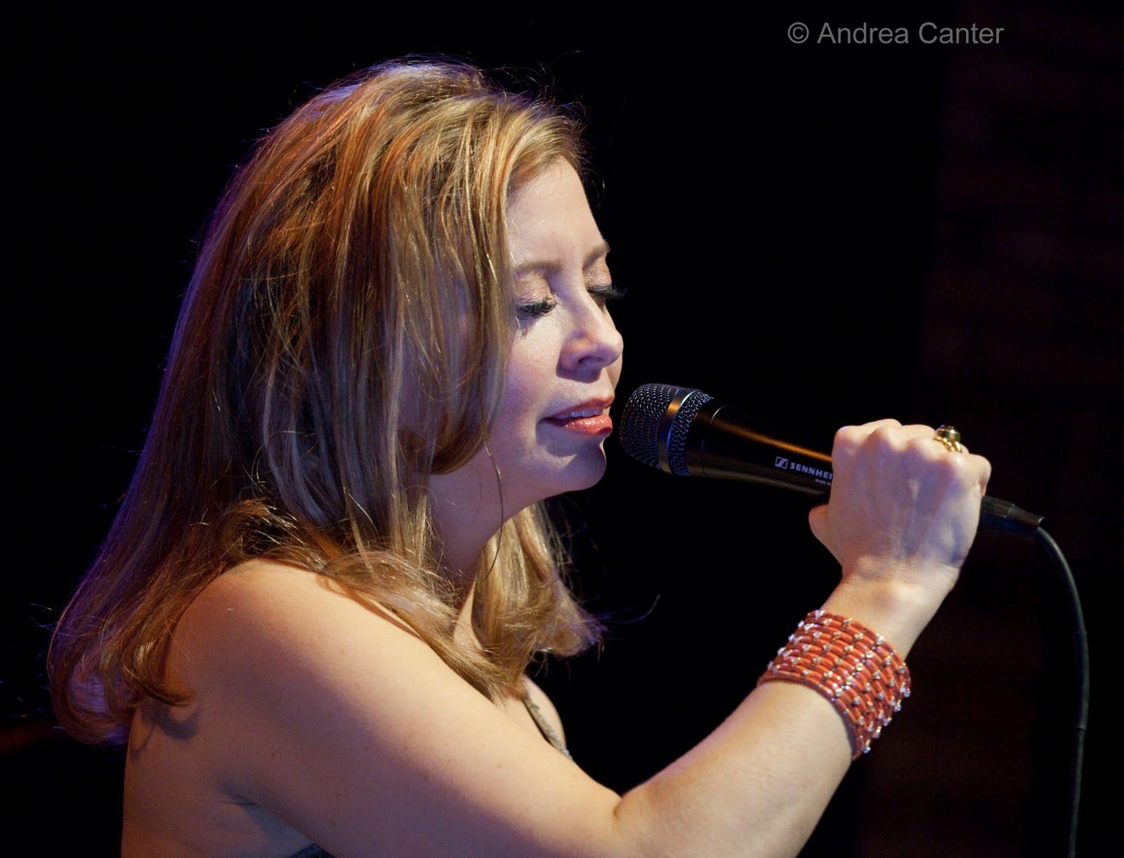 Andrea Berg Oops jazzink: october 2011