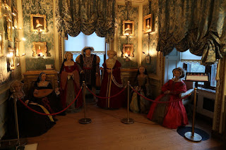Wax King Henry VIII and his 6 wives