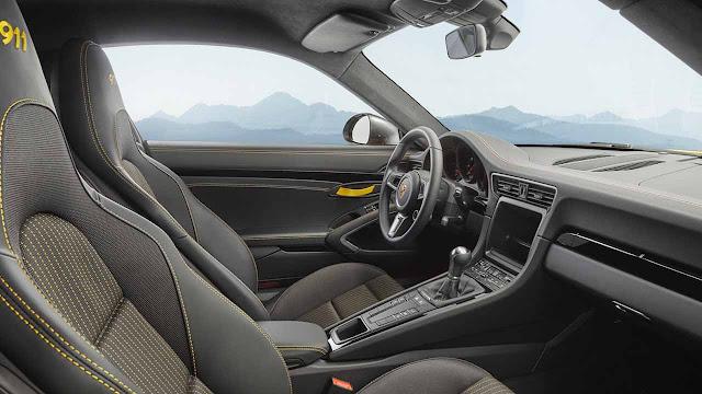 Porsche 911 Carrera T Less Weight Better Performance