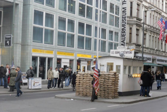 2 Days in Berlin: Checkpoint Charlie