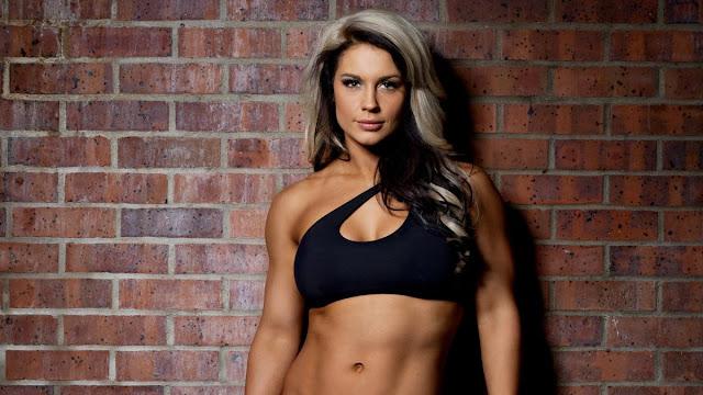 Kaitlyn visszatér a WWE-be