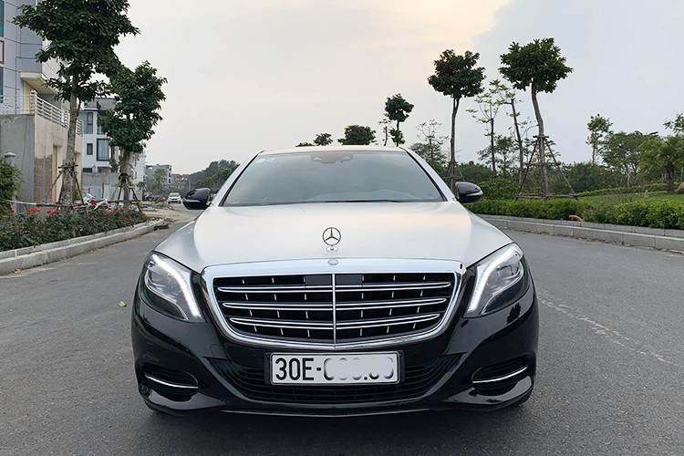 Mercedes-Benz S400 độ siêu sang Maybach bán 2,2 tỷ ở Hà Nội