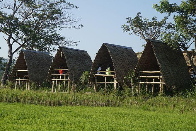 Tempat para wisatawan menikmati pesanannya