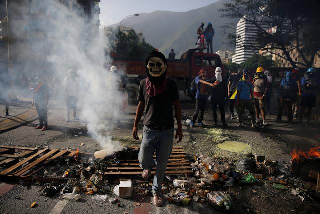 Voto de Maduro abre eleição da Assembleia Constituinte na Venezuela