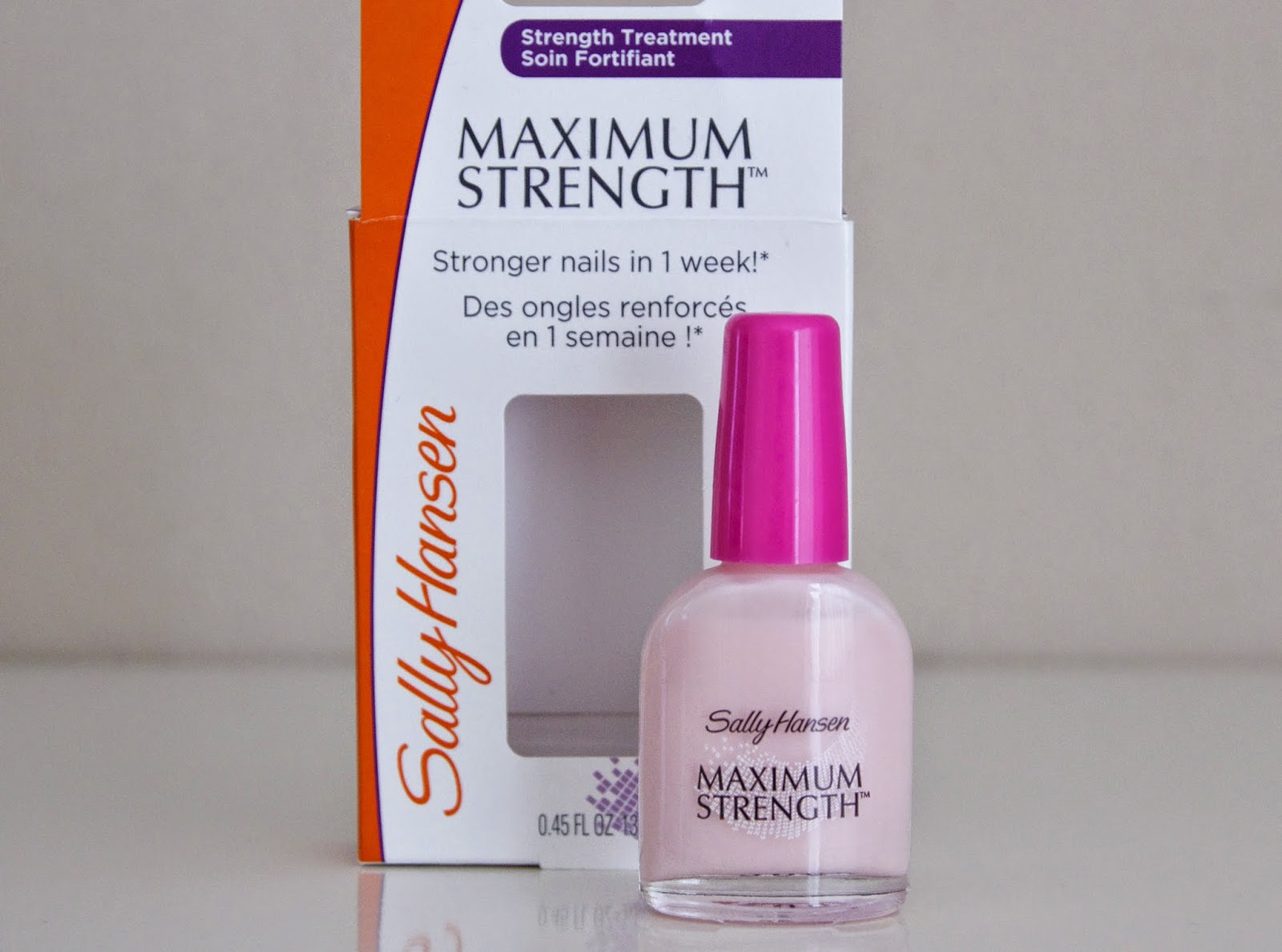 NAIL SAVIOUR SALLY HANSEN MAXIMUM STRENGTH review chippende nagels zwakke sterke nagels nagel redding