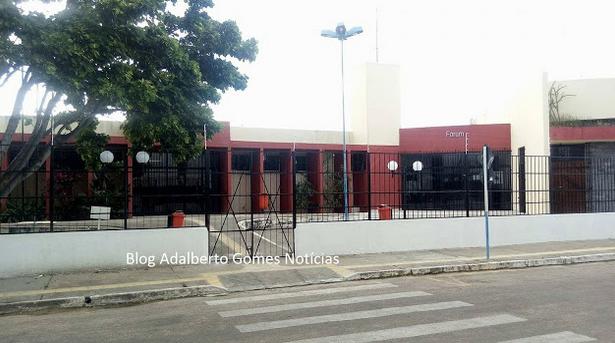 Em Delmiro Gouveia, acusado de matar ex-mulher na frente do filho é condenado a mais de 22 anos de prisão