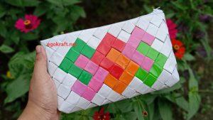 Contoh kerajinan dari daur ulang limbah plastik bekas kemasan