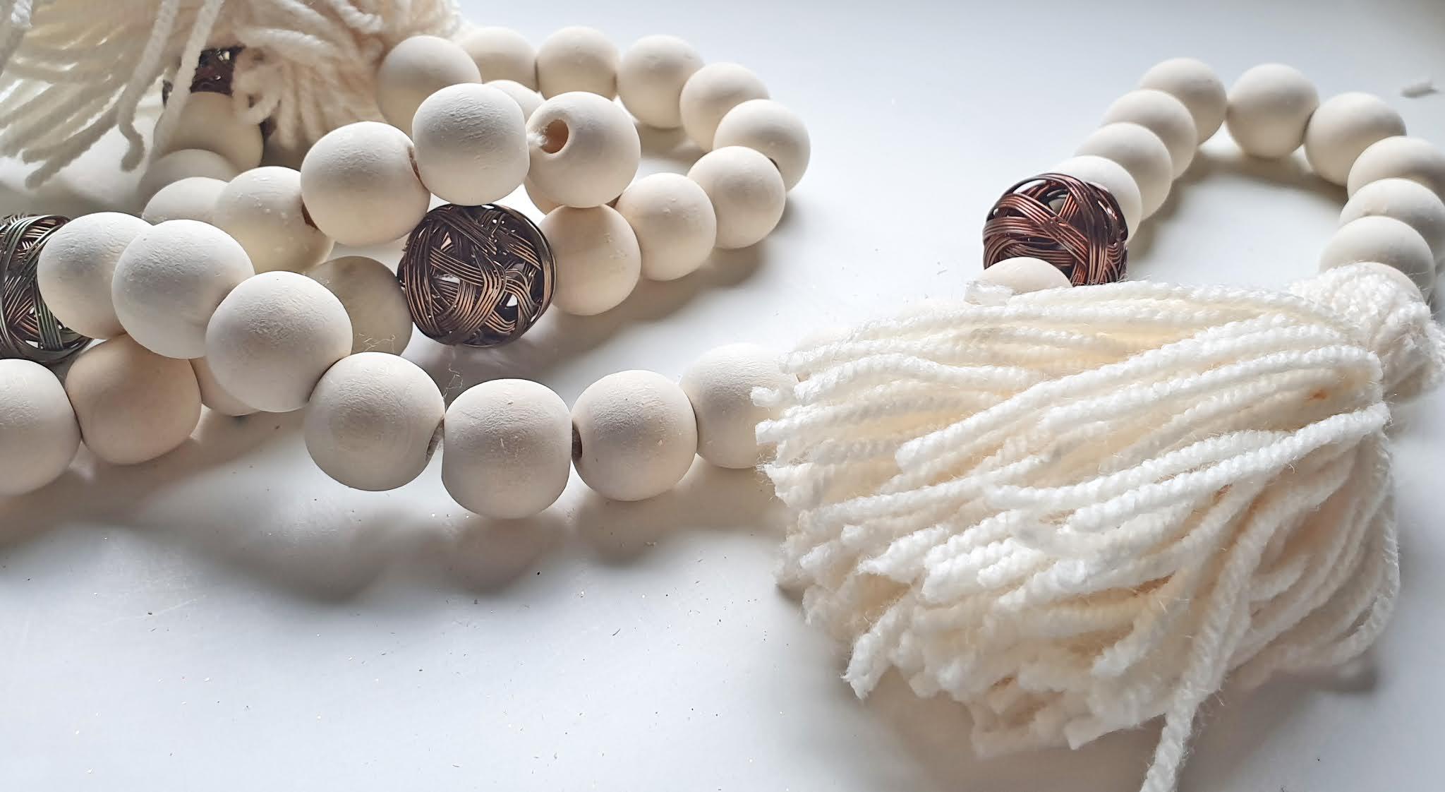 Łańcuch z drewnianych koralików D.I.Y.