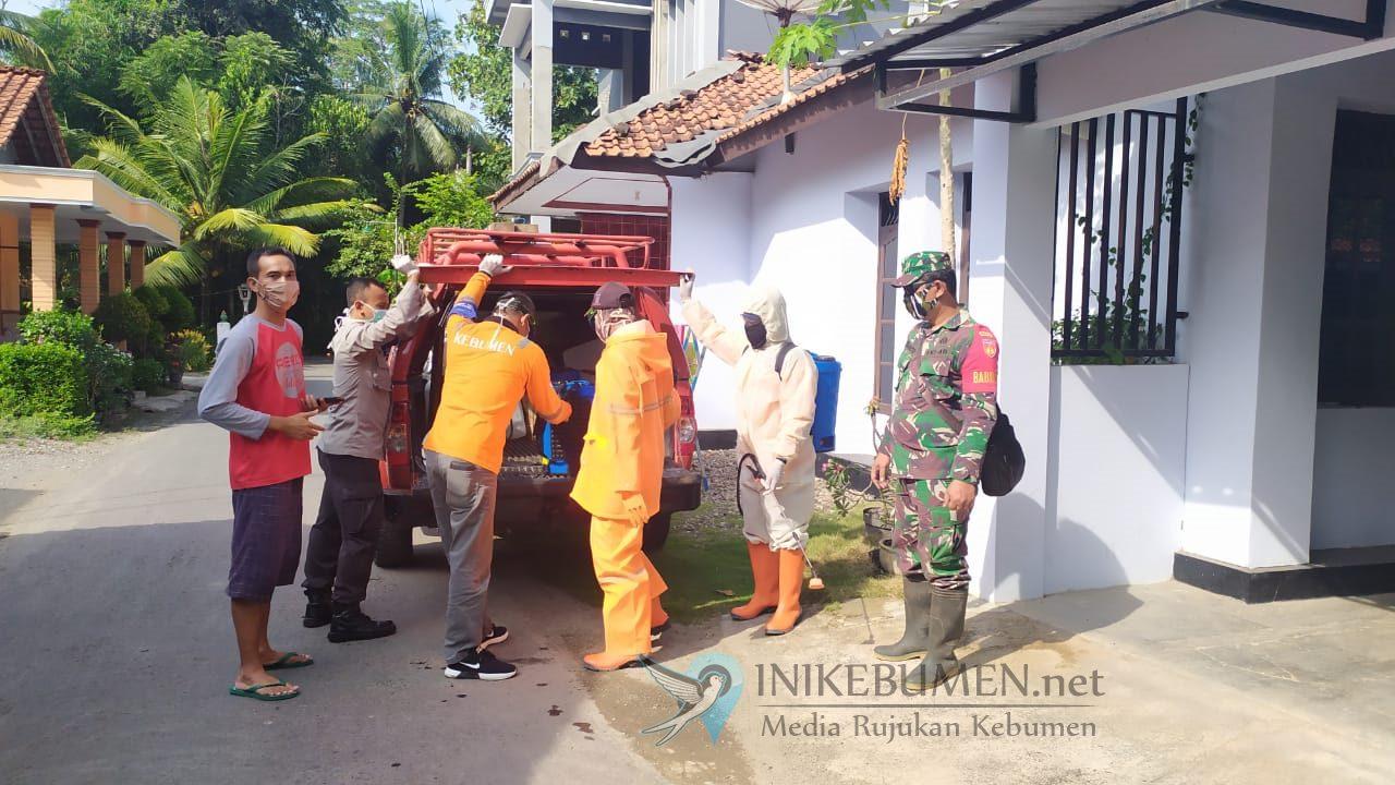 Putus Mata Rantai Covid-19,, Desa Adikarso Disemprot Disinfektan