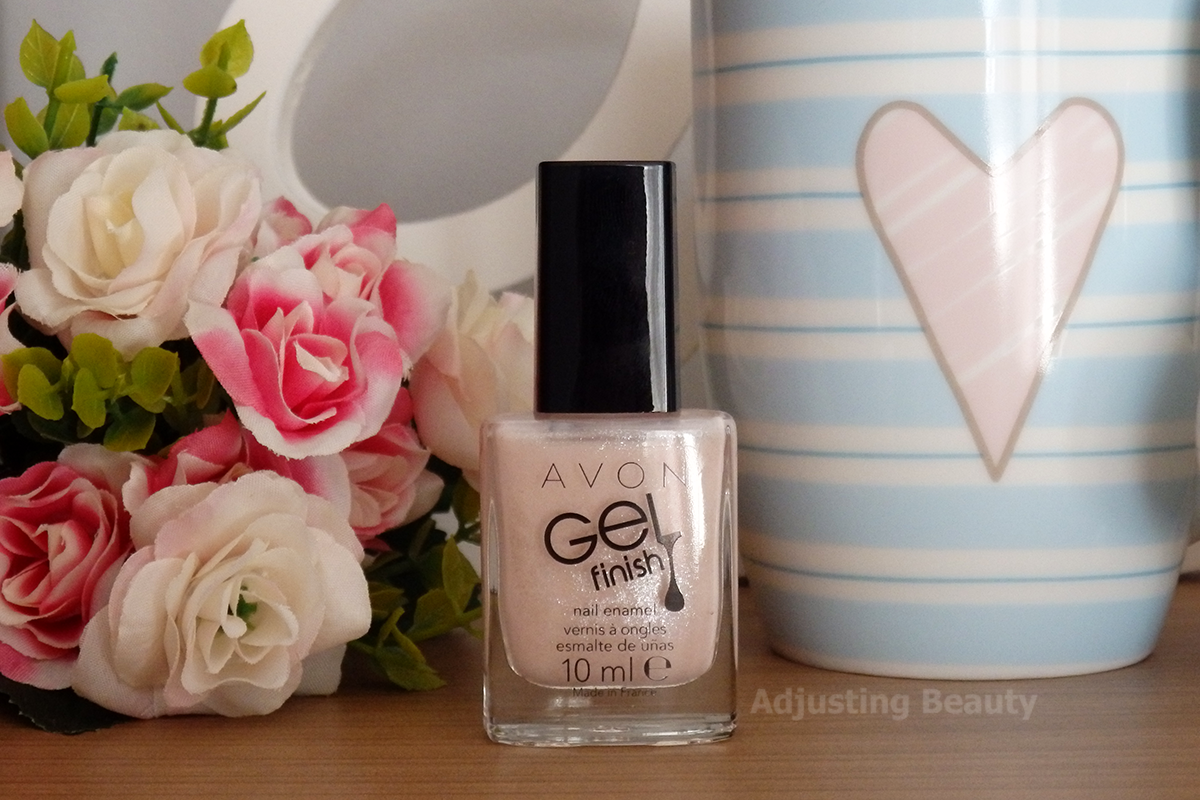 Review avon gel finish nail enamels sheer nude coral for Avon nail decoration brush