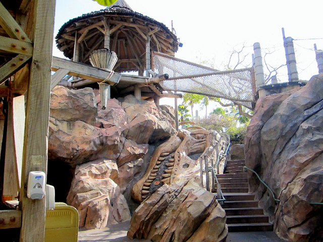 Camp Jurassic no Islands of Adventure em Orlando