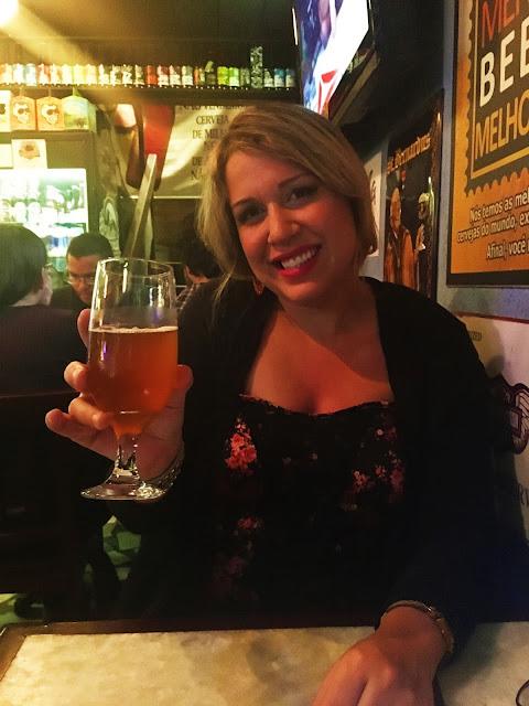Di apreciando uma boa cerveja no Boteco Carioquinha - Lapa