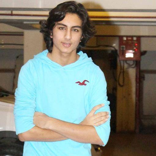 Ibrahim Ali Khan age, date of birth, biography, sara ali khan and, pataudi, in tashan, facebook, wiki