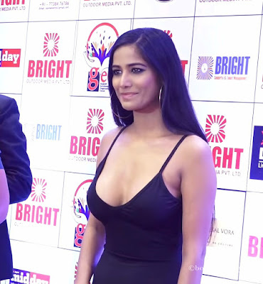 Poonam Pandey Hot Photos | mobile wallpapers hd download | actress photos bollywood