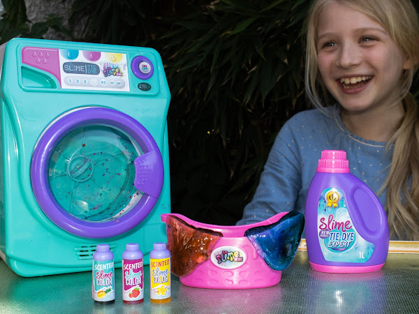 Review and Giveaway: So Slime Tie-Dye Slime Machine