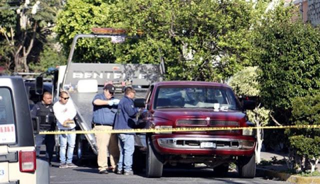 """Nueva masacre en Guadalajara encuentran 8 descuartizados en camioneta abandonada con narcomensaje firmado por """"El 20"""""""