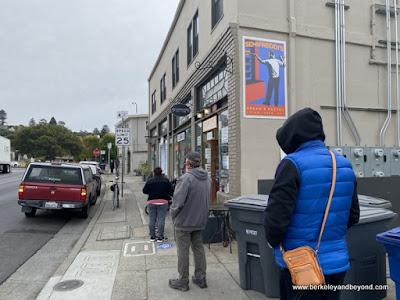 socially-distanced line at Semifreddi's bakery in Kensington, California