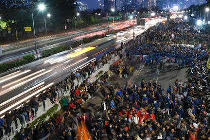 Mahasiswa Tarik Diri dari DPR dan Bersiap Gelar Aksi Lebih Besar