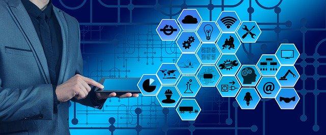 memaksimalkan teknologi informasi ditengah pandemi