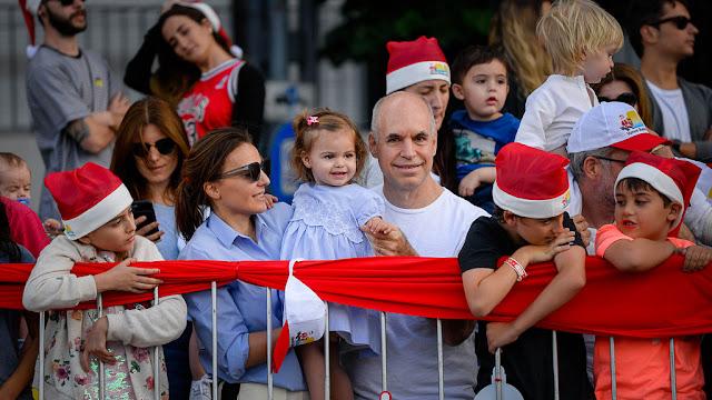 Más de 85 mil personas disfrutaron del Desfile Navideño