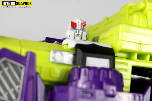 perfect effect prowl head devastator