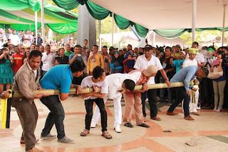 Bambu Gila, Permainan Tradisional Masyarakat Ambon