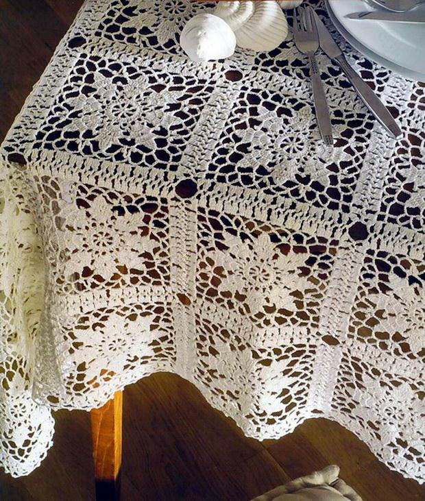 crochet Lace tablecloth pattern - Vintage