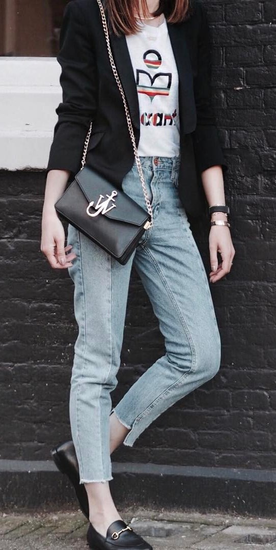 cool outfit idea : black blazer + bag + top + jeans