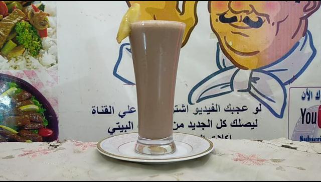 طريقة تحضير عصير الموز بالشيكولاتة احلي و اطعم من المحلات الشيف محمد الدخميسي