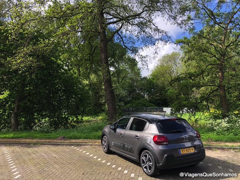 Como é viajar de carro pela Europa