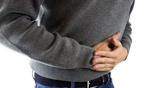 पेट के कैंसर से निपटने में हल्दी हो सकती है फायदेमंद
