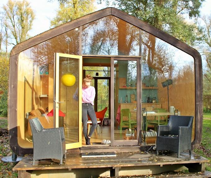 Bijzonder overnachten in een kartonnen Wikkelhouse bij Stayokay in De Biesbosch