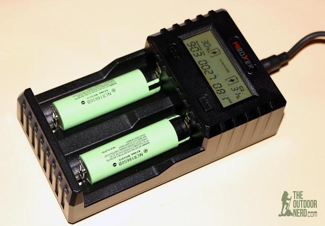 MiBoxer C2-3000 Battery Charger - Charging 2 Panasonic 18650 Cells