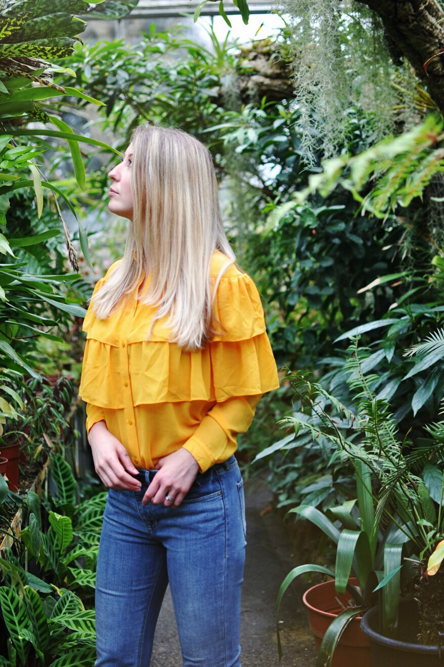 women style, fashion style, color shirt, spring style, 2017 trends, fashion trends 2017, yellow shirt, trends 2017, botanical gardens