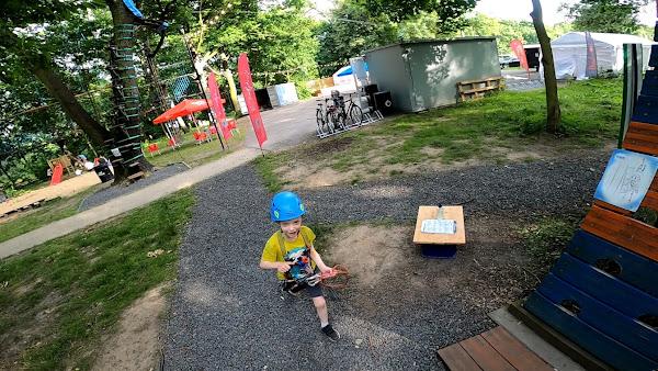 Rodzinny park rozrywki ze strefą gastronomiczną