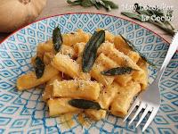 Pasta con Salsa de Calabaza, Queso de Cabra y Salvia Fresca