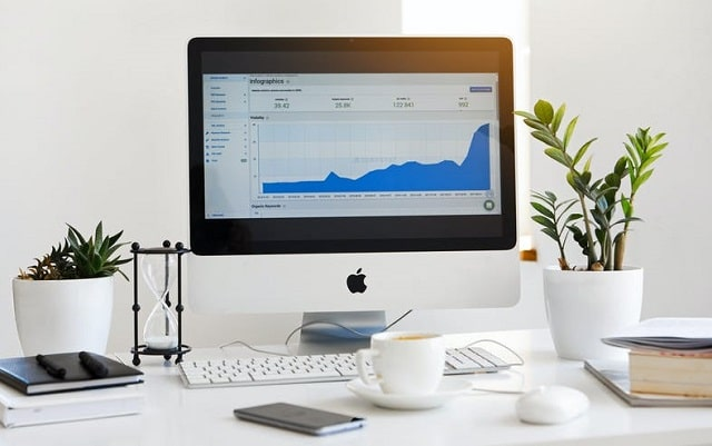 how to grow your business online quickly company growth hacking