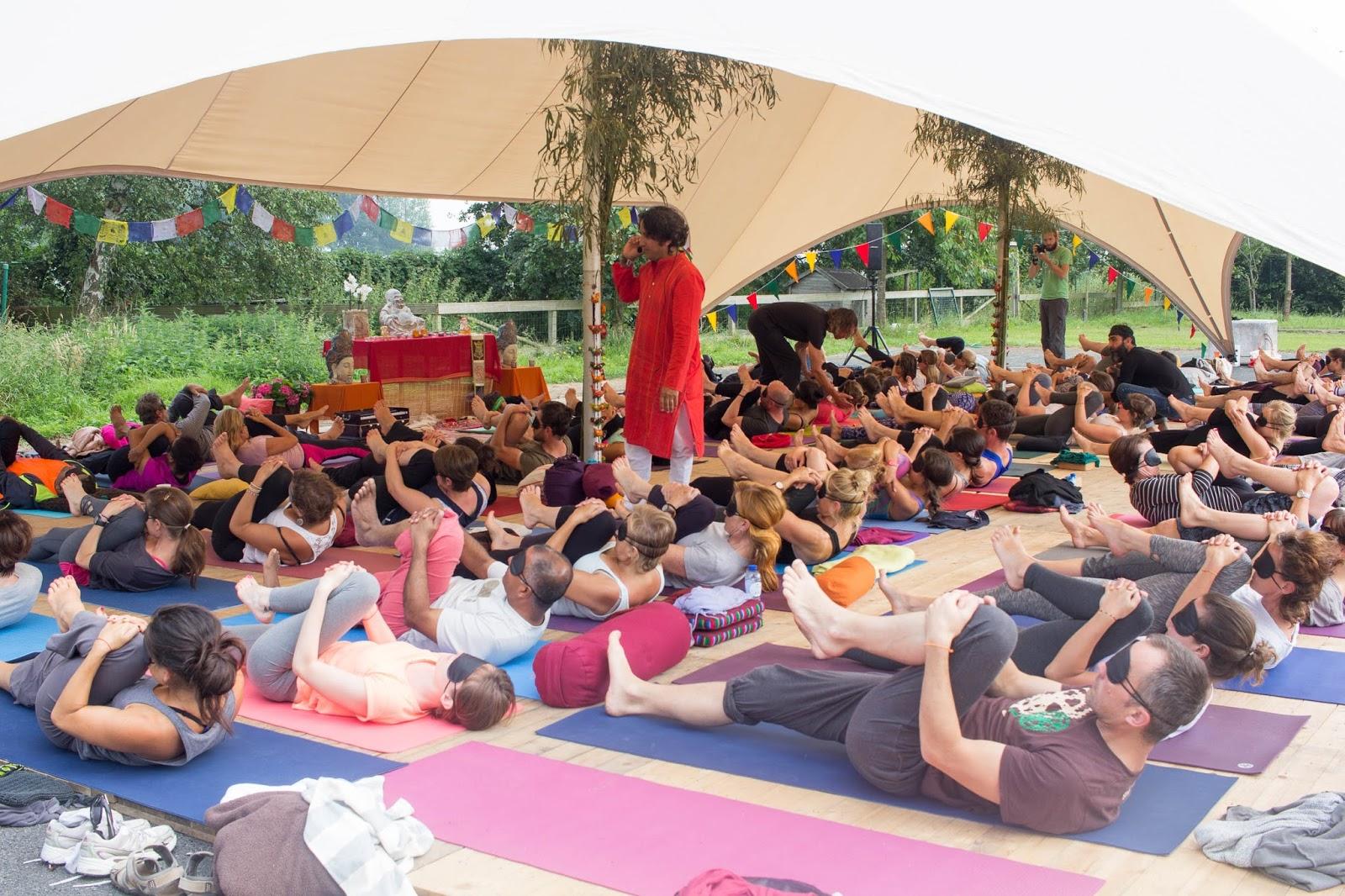 37f44d91e53cec Yogafestivals zomer 2017