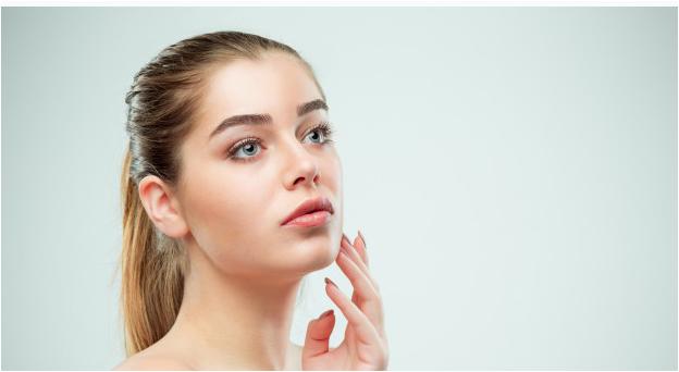 نصائح لتقليص المسام الواسعة اقترحها أطباء الجلد
