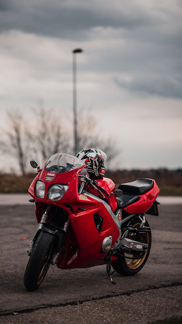 Free HD Wallpaper Red Yamaha Motorcycle