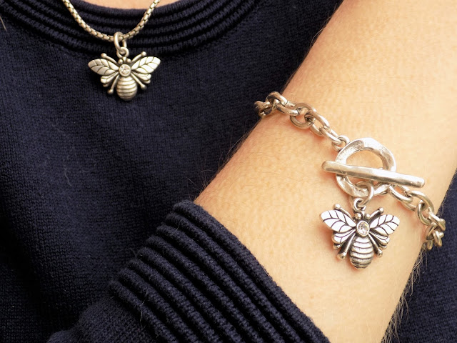 What Lizzy Loves, Danon Bee bracelet